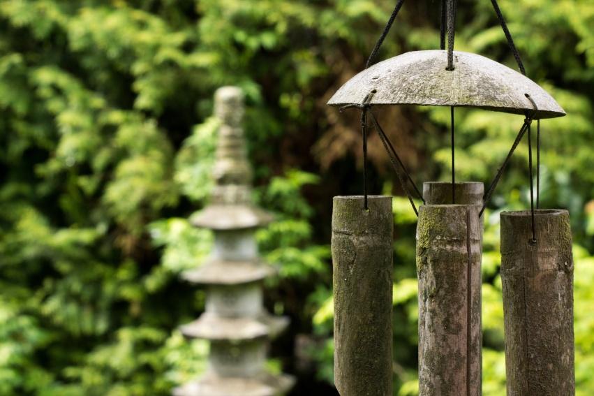 feng_shui_stone_lantern_lantern